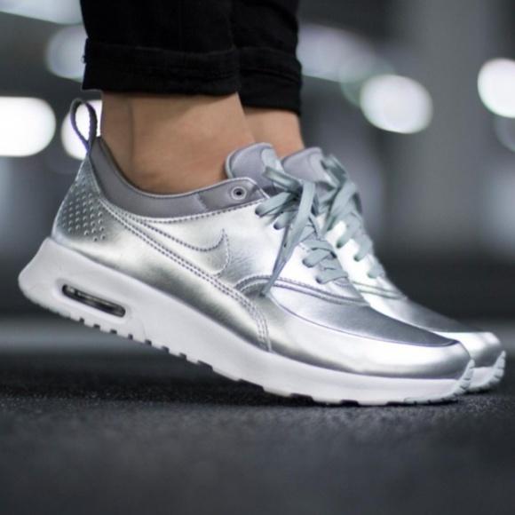 Nike Air Max Thea SE Women's Metallic Silver NWT